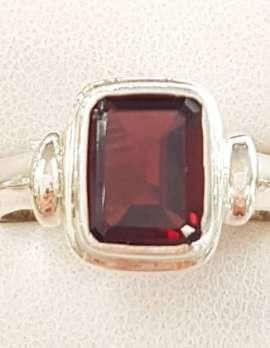 Sterling Silver Garnet Rectangular Ring