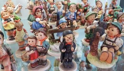 Assorted Hummel Figurines