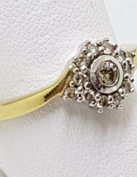18ct Gold Diamond Round Cluster Ring