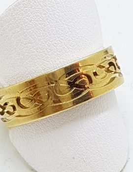 9ct Yellow Gold Celtic Knot Design Wedding Band Ring
