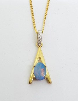 9ct Yellow Gold Opal & Diamond Pendant on Gold Chain