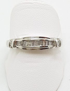 18ct White Gold Diamond Channel Set Curved Ring