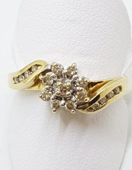 9ct Yellow Gold Diamond Flower Cluster Ring