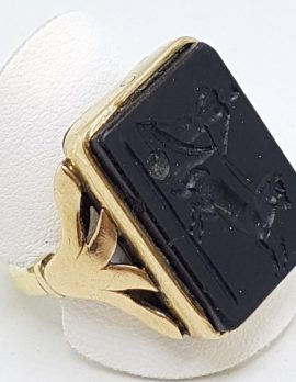 18ct Rose Gold Large Black Onyx Carved Rectangular Ring - Chariot Scene