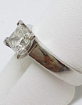 Platinum 1ct Princess Cut Diamond Engagement Ring – Claw Set