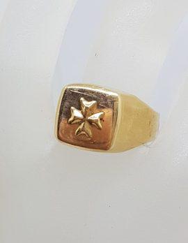 18ct Yellow Gold Maltese Cross Ring - Ladies / Gents