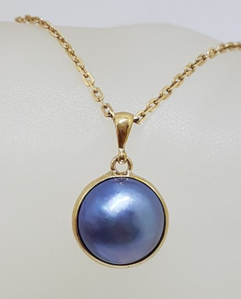 9ct Yellow Gold Round Blue / Black Mabe Pearl Pendant on Gold Chain