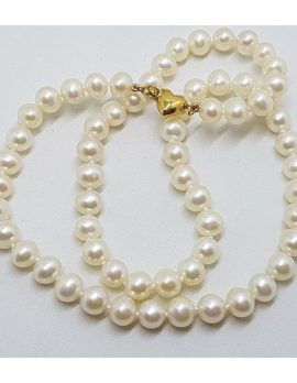 9ct Yellow Gold Heart Clasp on Pearl Strand Necklace / Chain