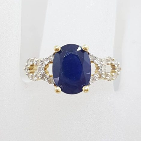 14ct Yellow Gold Oval Sapphire with Diamond Twist Sides Ring