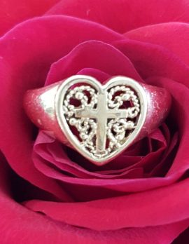 9ct Yellow Gold Ornate Filigree Heart with Cross Ring - Antique / Vintage - Signet Ring