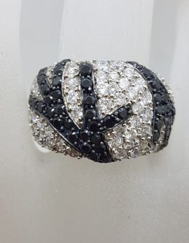 Sterling Silver Wide Rounded Black and Clear Cubic Zirconia Ring with Unique Pattern