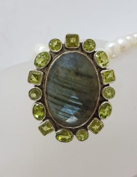 Sterling Silver Large Oval Labradorite Surrounded by Peridot Cluster Pendant on Pearl Necklace / Chain