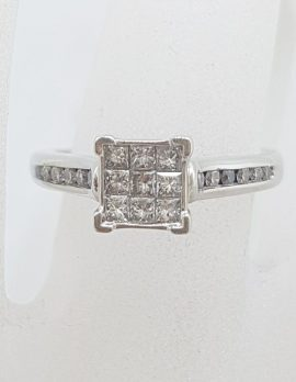 18ct White Gold Claw Set and Channel Set Princess Cut / Square Diamond Cluster Ring - Engagement Ring / Dress Ring