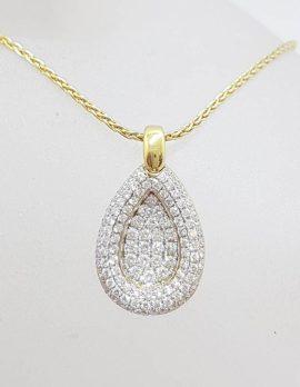 18ct Yellow Gold Heavy Diamond Cluster Teardrop / Pear Shape Pendant Gold Chain