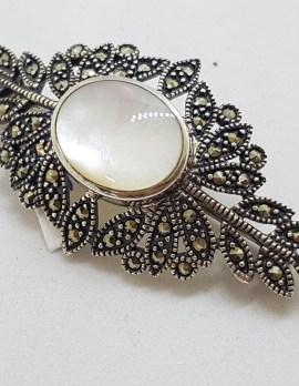Sterling Silver Mother of Pearl Ornate Leaf Design Large Brooch - Vintage