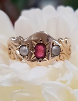 15ct Yellow Gold Natural Ruby & Seedpearl Ring - Antique / Vintage