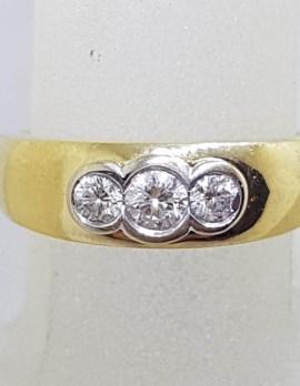 18ct Yellow Gold Bezel Set Trilogy Diamond Ring - Heavy