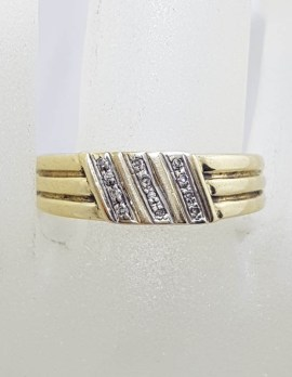 9ct Yellow Gold with Diamond Lines Gents Ring