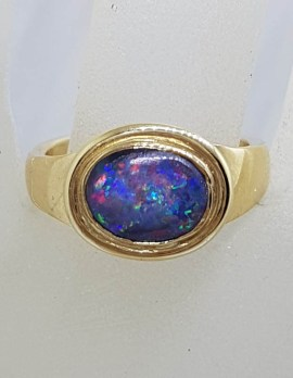 9ct Yellow Gold Oval Bezel Set Opal Ring - Antique / Vintage