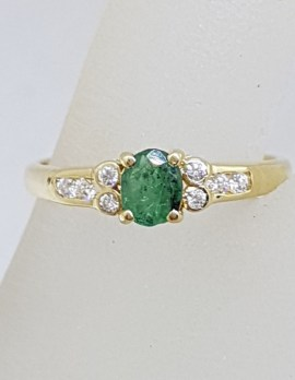 9ct Yellow Gold Oval Natural Emerald with Cubic Zirconia Ring - Vintage