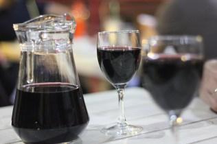 1 Liter Wein kostet im Restaurant 50 Lei (2,50€)