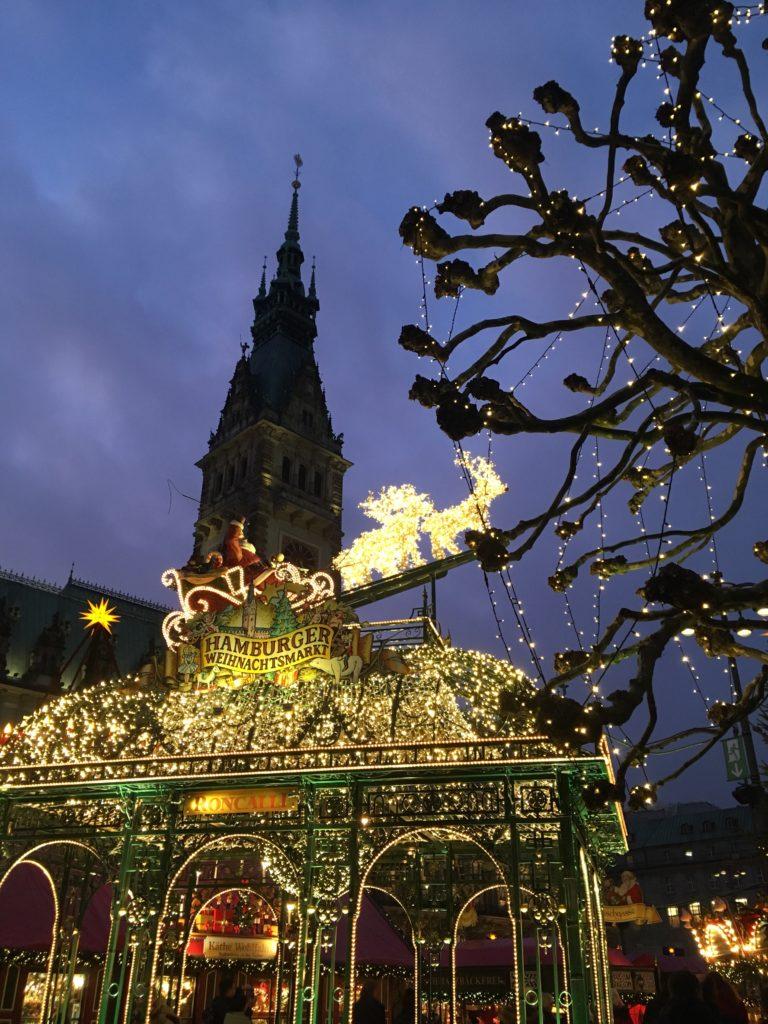 Christmas in Hamburg Weinachtsmarkt lights