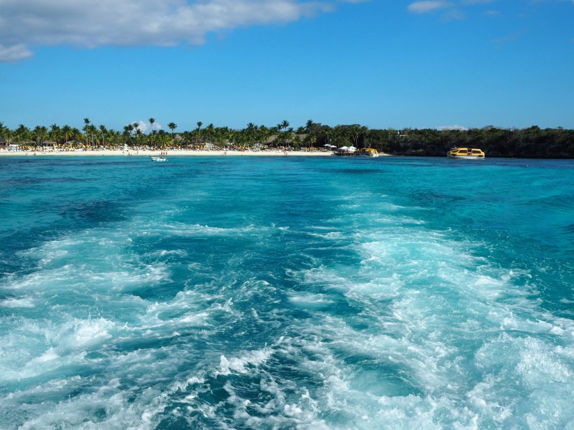sailing away from Catalina Island in the Dominican Republic