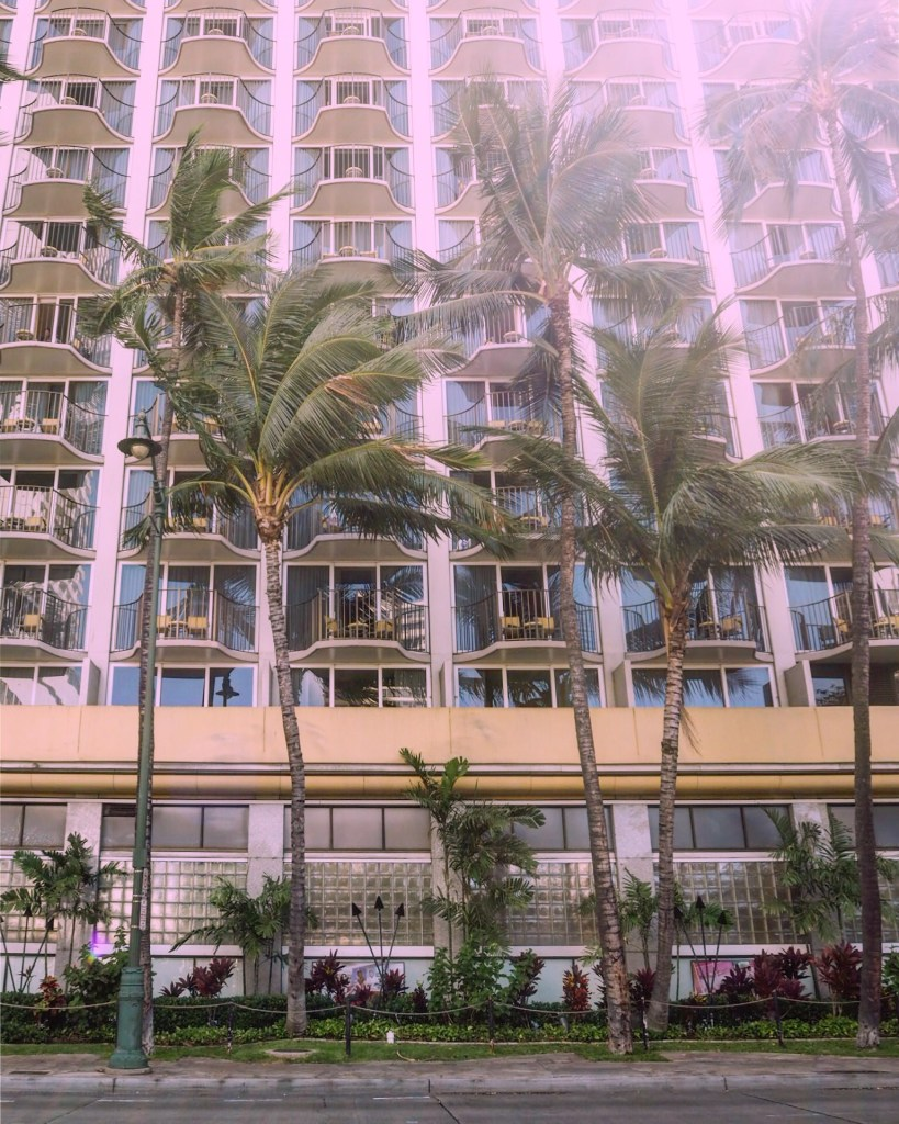 on a budget in Honolulu