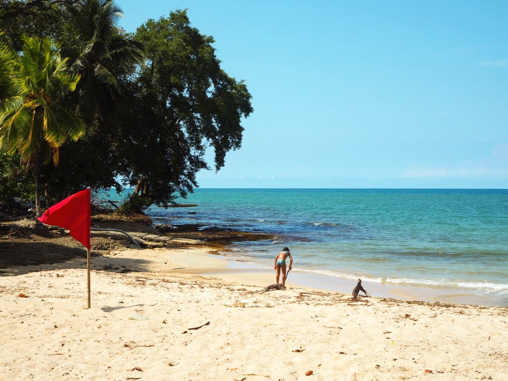 kids playing on the beach at Cahuita