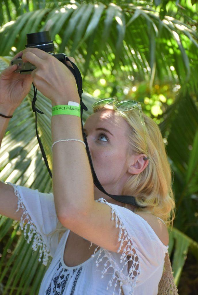 Olympus Pen EPL-8 photographing wildlife in Costa Rica