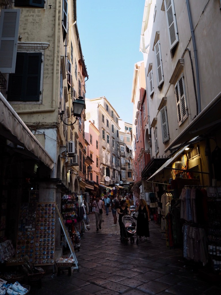 winding Venetian alleyways
