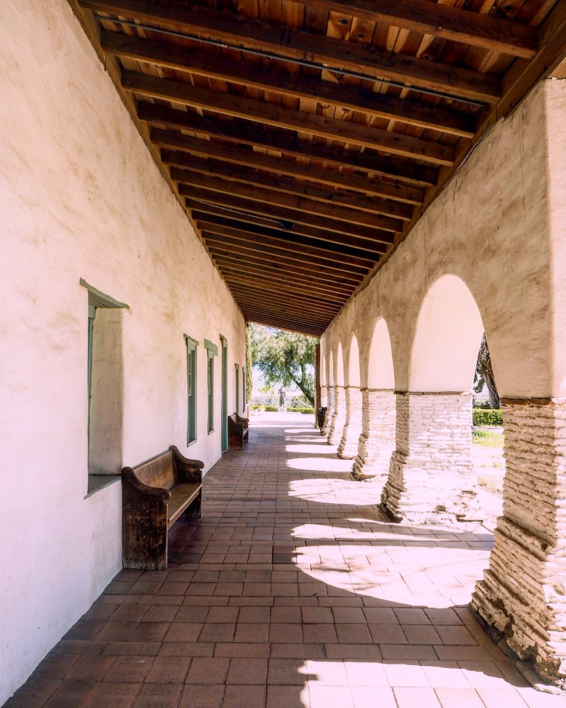 the passageway outside the Mission San Juan Bautista