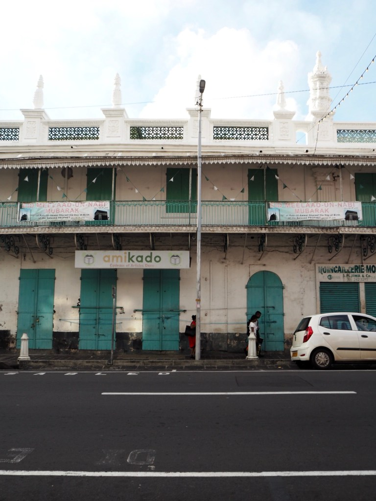 the outside of the Jummah mosque in Port Louis