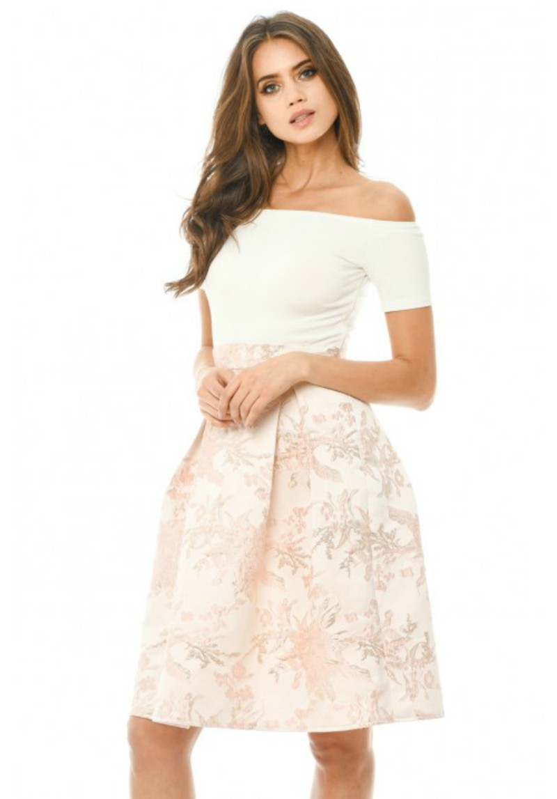 5 of the Best Prom Dresses for Wedding Guests - alexie