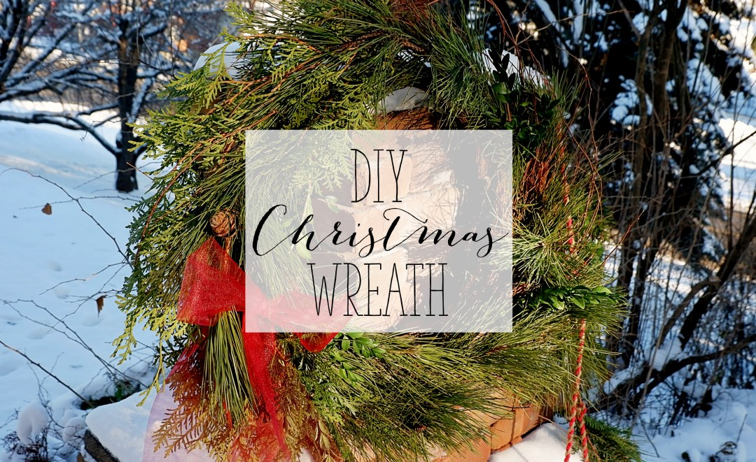 DIY Christmas Wreath - Fresh Green Christmas Wreath | Alex Inspired