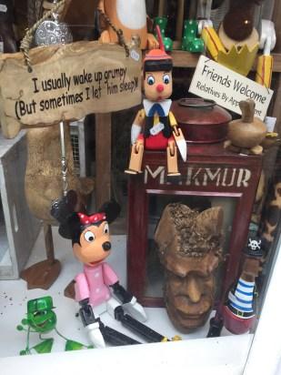Wooden Pinocchio & Daisy
