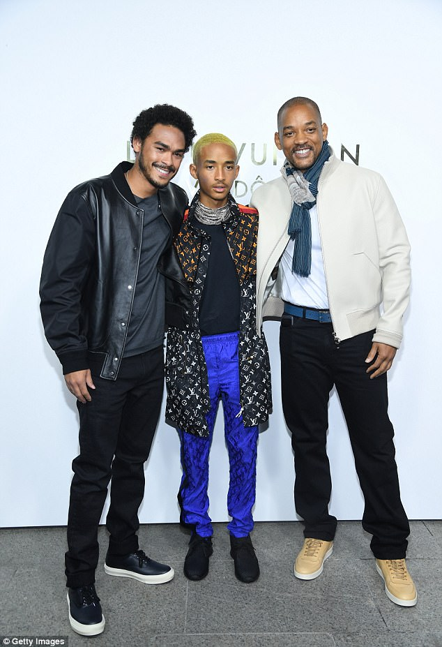 Will Smith poses with his handsome sons Jaden & Trey at Louis Vuitton event in Paris (Photos)
