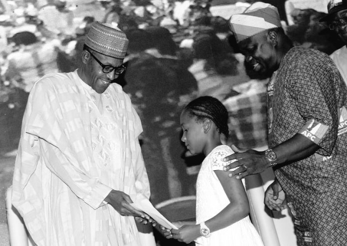 Photos/Videos: President Buhari meets 12 year old girl that donated her lunch money for his campaign in 2015, others