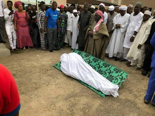 Lagos PDP Chairman Slump, Die For him Hotel Room