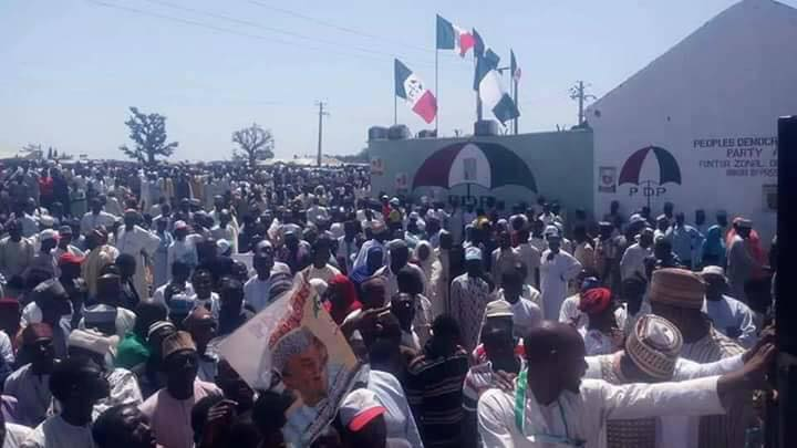 Photos: Over 10,000 APC members decamp to PDP, carry coffin with