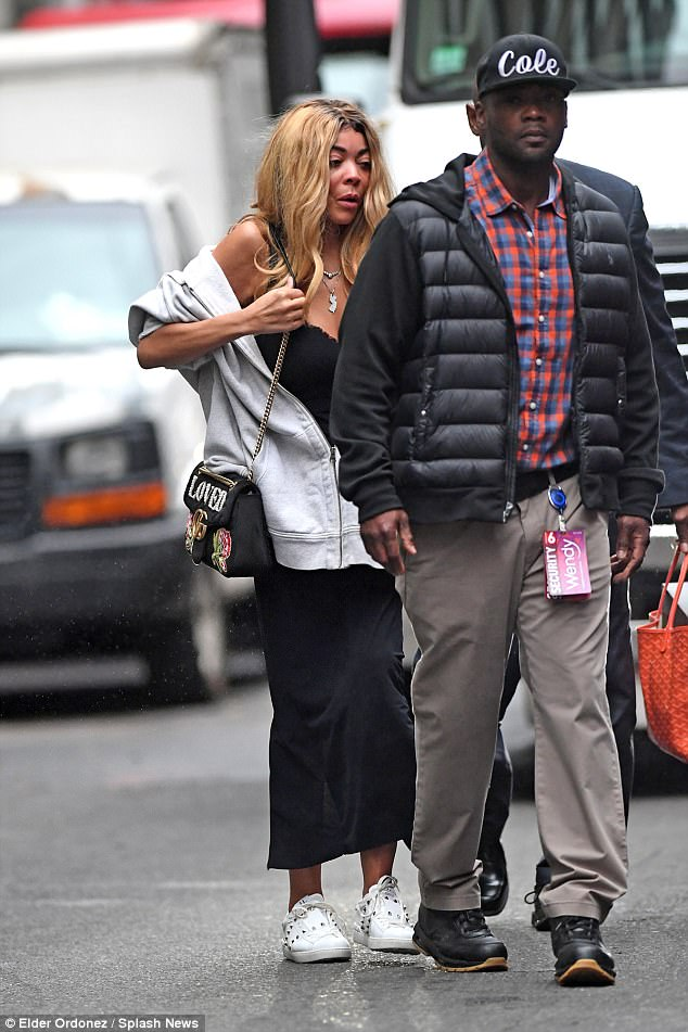 amazing wendy williams steps out makeup free in new yotk franspat