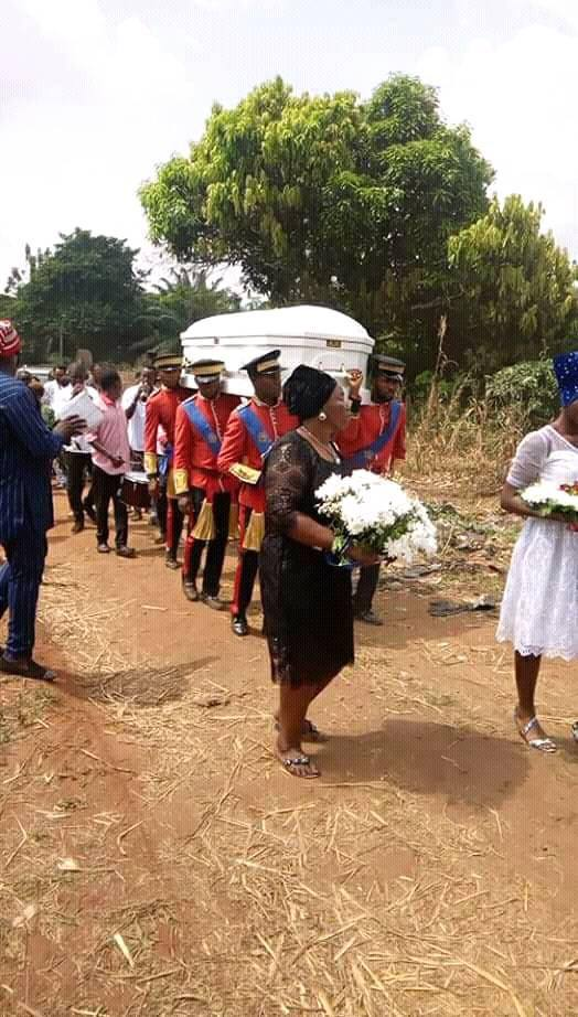 Photos from the burial of Nollywood actor, Obi Madubogwu