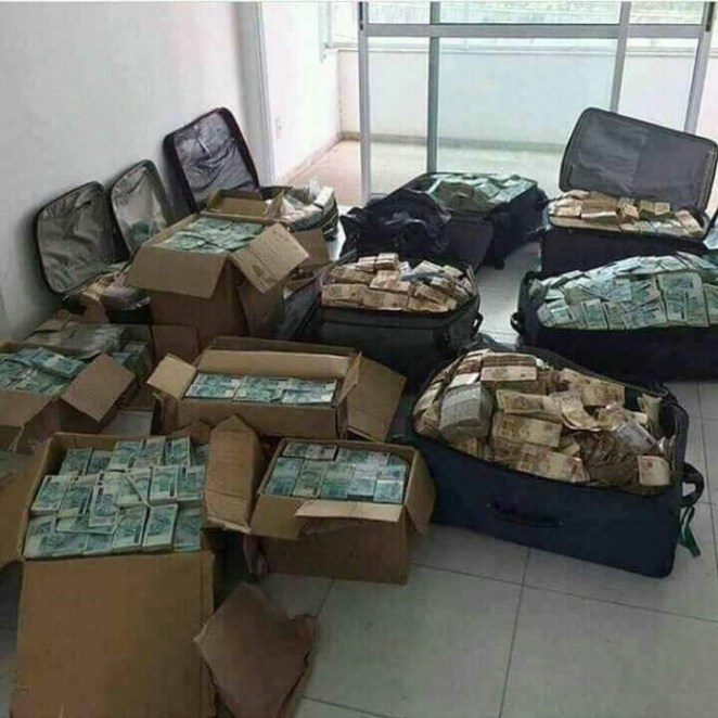 Zimbabwean army arrests finance minister after?$10 Million was found in his house