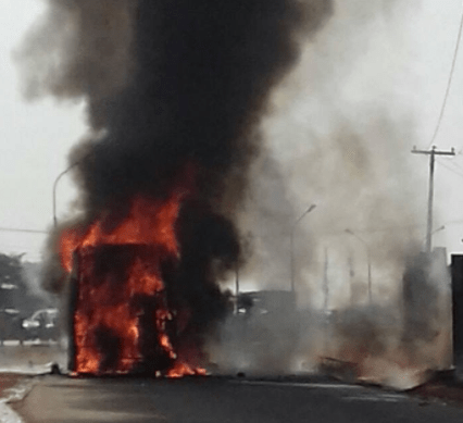 No life lost as luxury bus goes up in flames, destroying travellers