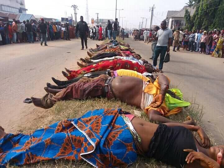 Gunmen move from house to house, kill 20 persons that just returned from cross over service in Rivers state