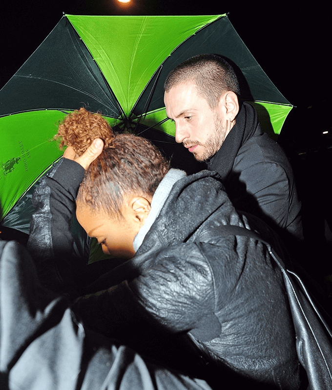Janet Jackson spotted with mystery man as they enjoy dinner together in London (Photos)