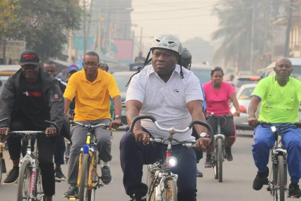 Abia State governor, Okezie Ikpeazu, rides bicycle with his deputy, commissioners through the streets of Umuahia (Photos)