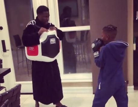 DaddyDuties! Kevin Hart teaches his son Hendrix how to defend himself (Video)