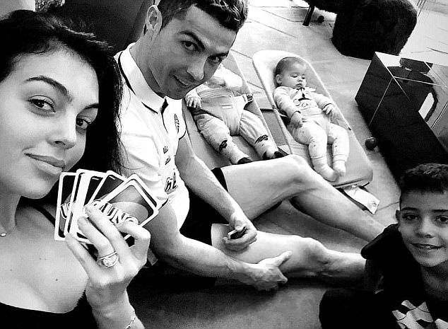 5a843723615af - Cristiano Ronaldo relaxes with his girlfriend and children ahead of Champions League clash (Photo)