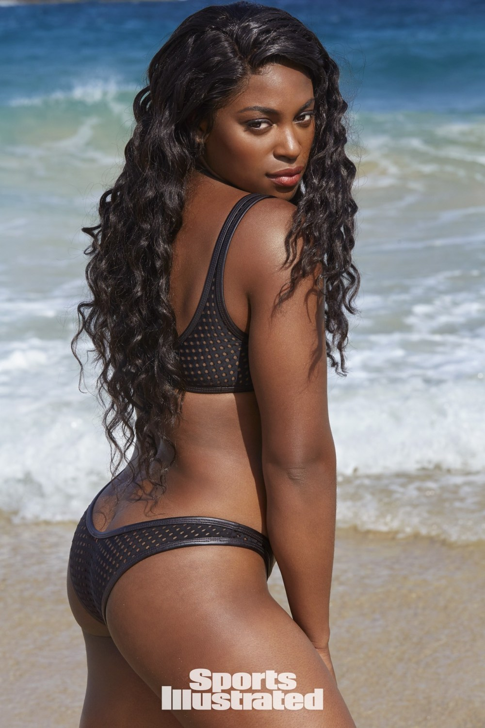 Tennis Star Sloane Stephens poses semi nude for Sports Illustrated (Photos)